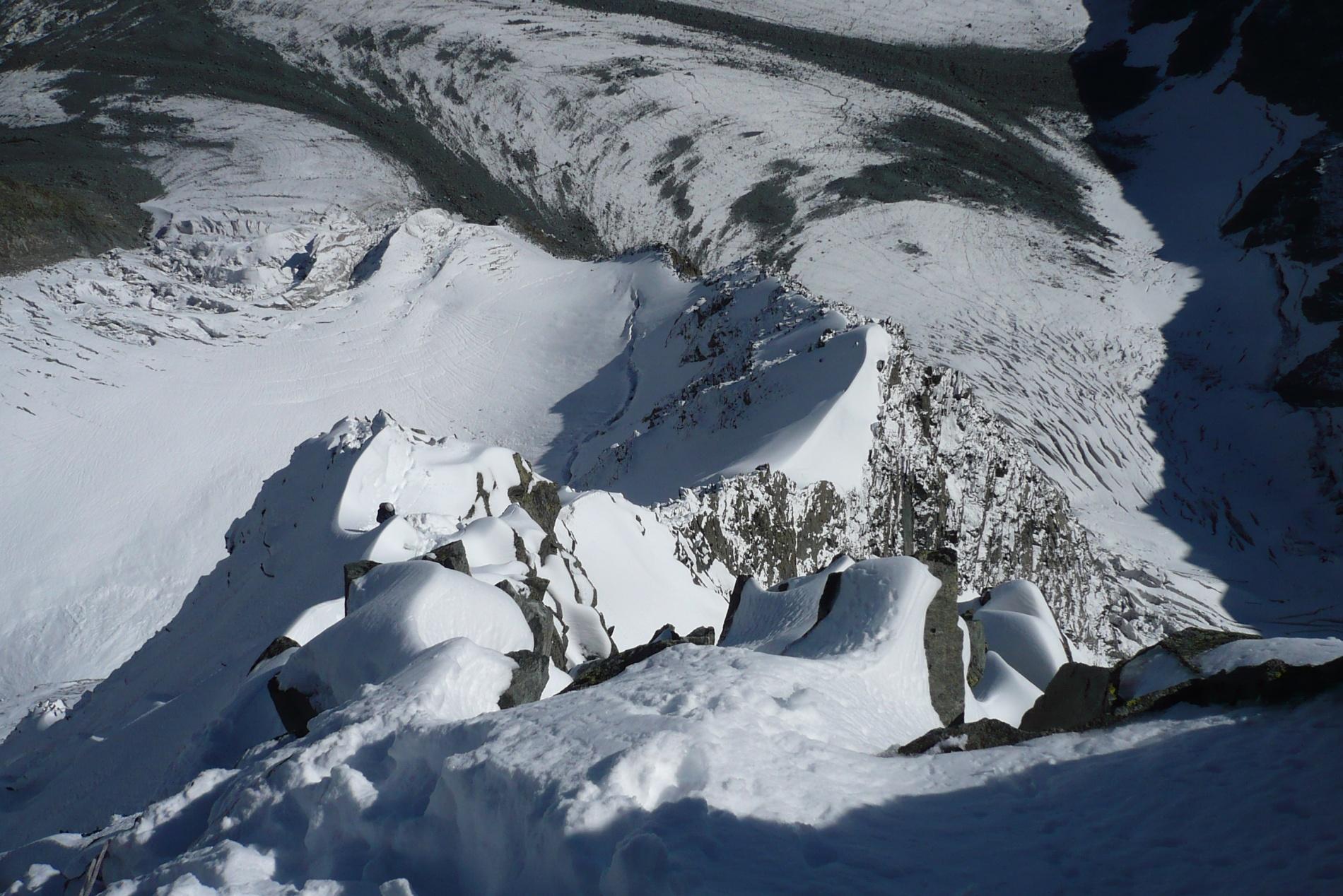 Вид сверху на пройденный гребень